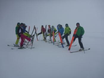Auch im Nebel wird getestet,Skitest 2014 Retenbachgletscher Sölden